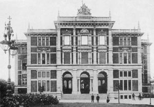 Facade of the Überseemuseums between 1895 and 1907